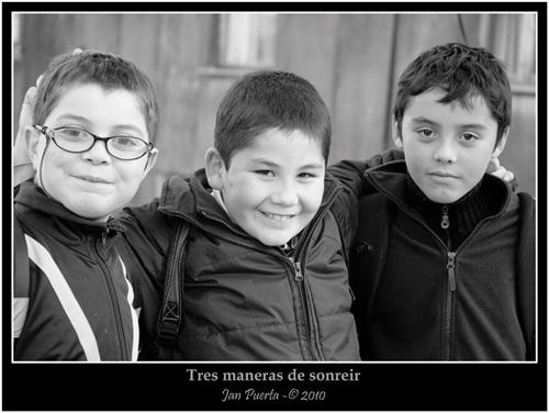 """La imagen de la semana: """"Tres maneras de sonreír"""" de Jan Puerta"""