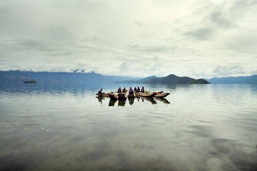 """La imagen de la semana: """"La Reunión en el Lago, Yunnan, 2012"""" de Albert Jodar"""